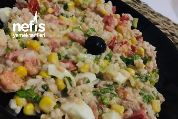 Fransız Usulü Ton Balığı Salatası Tarifi