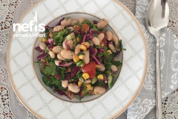 Kuru Fasulye Salatası Lezzetli Ve Doyurucu Tarifi