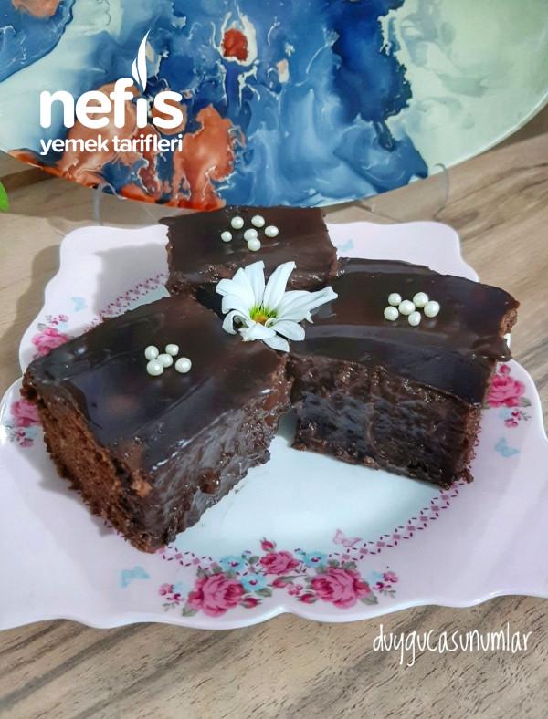 Yaş Pasta Lezzetinde Kakaolu Pudingli Kek