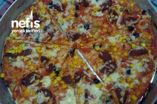 Pizza (Hazır Almaya Son) Tarifi