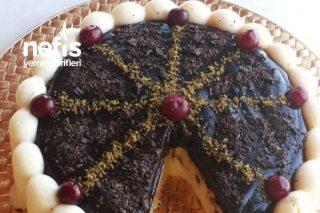 Damla Sakızlı İrmikli Çikolata Şöleni (Hafif Sütlü Tatlı Sevenlere) Tarifi