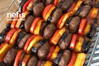 Pür Lezzet (Köfte Patlıcan Patates Buluşması) Tarifi