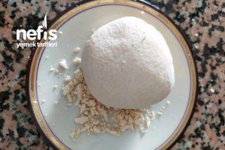Ekşiyen Veya Tutmayan Yoğurttan Ekşimik (Lor) Peyniri Yapımı Tarifi