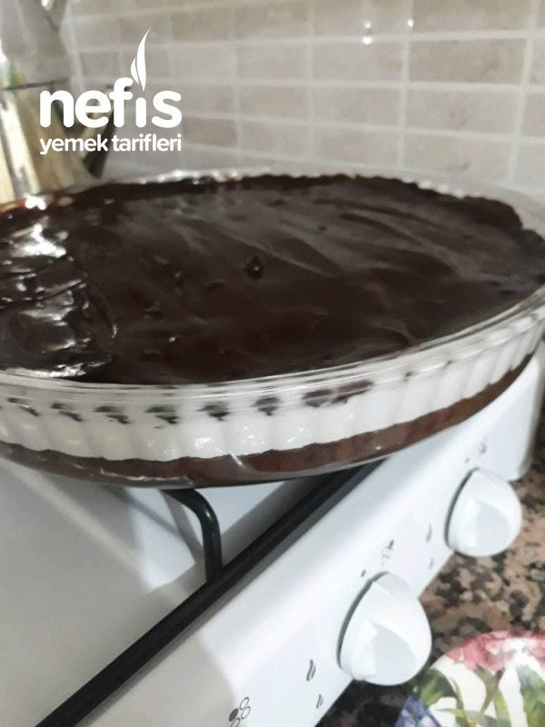 Yas Pasta Kivaminda Ağlayan Kek