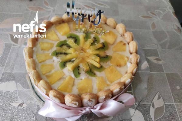 Ananaslı Kivili Pasta