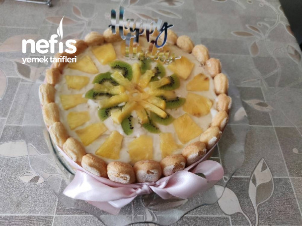 Ananaslı-kivili Pasta