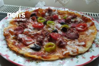Gerçek İtalyan Pizzası Tarifi
