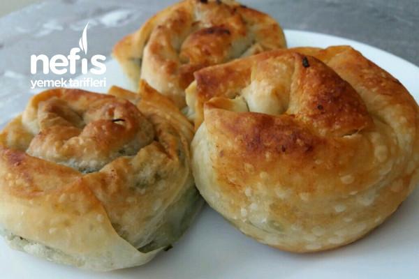 Ispanaklı Gül Böreği (Nefis Lezzet) Tarifi