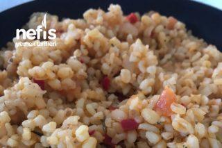 Kırmızı Sebzeli Bulgur Pilavı (Fit) Tarifi