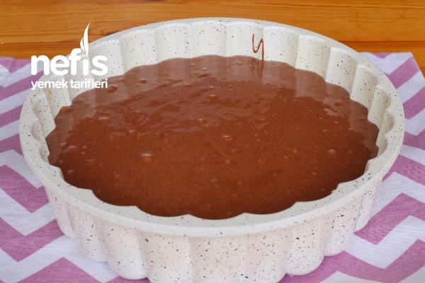 Çikolata Soslu Çaylı Kek