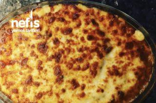 Fırında Beşamel Soslu Garnitürlü Et Yemeği Tarifi