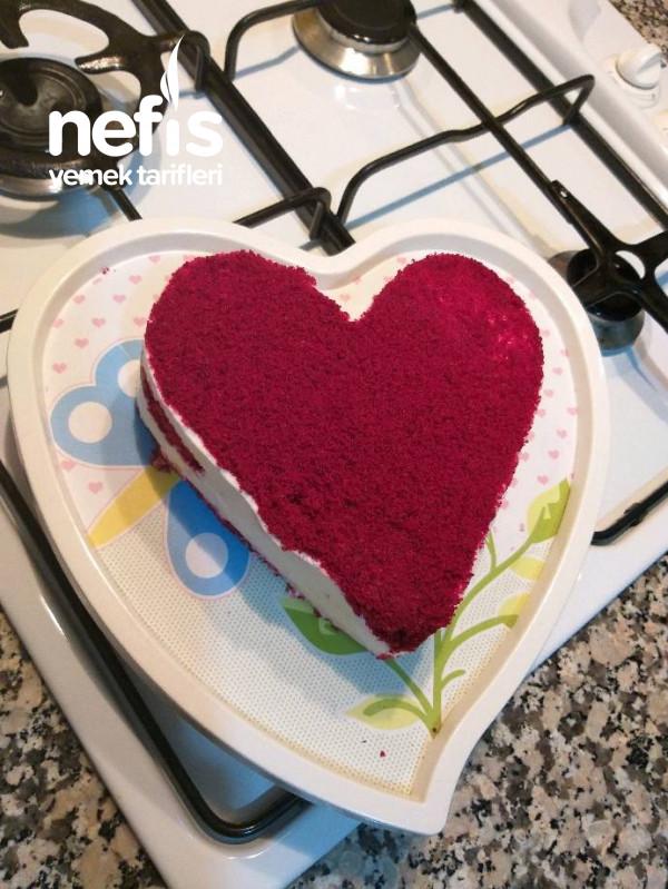 Red Velvet (Kırmızı Kalpli Pasta)