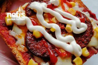 Tost Ekmeğinden Kolay Pizza Tarifi