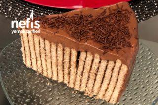 Bisküvili Pasta Kek Görünümlü Tarifi