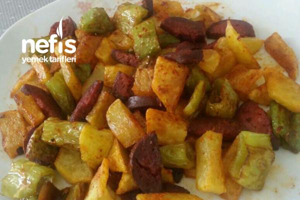 Haftasonu Kahvaltısı Patates Biber Sucuk Kızartması