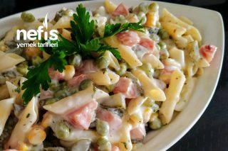 Amerikan Salatası Mı? Rus Salatası Mı? Tarifi