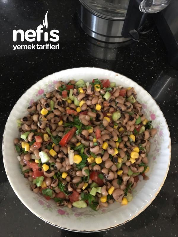 Taneli Böğrülce Salatası