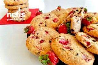 Çilekli Çikolatalı Dev Cookies Tarifi