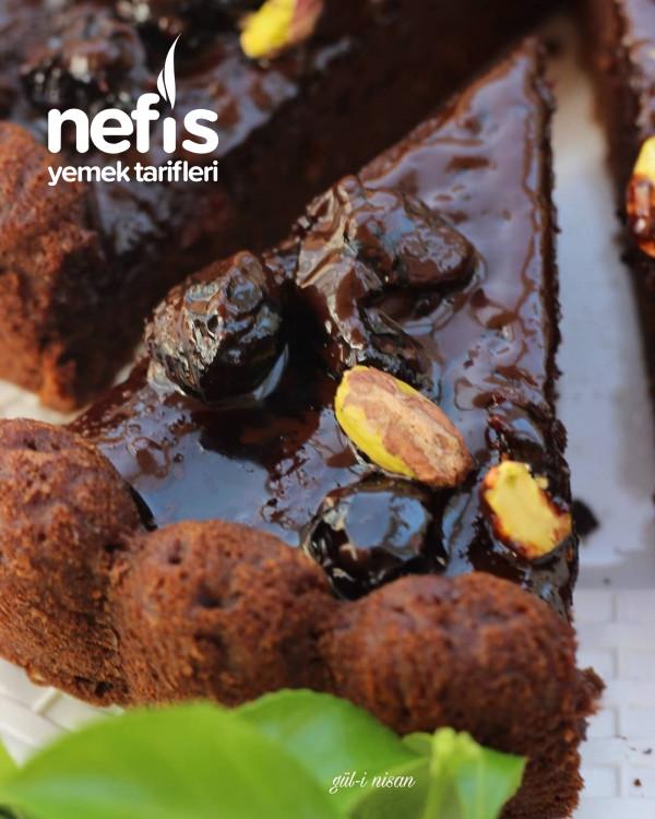 Vişne Reçelli Çikolatalı Kek (Toz Şekersiz)