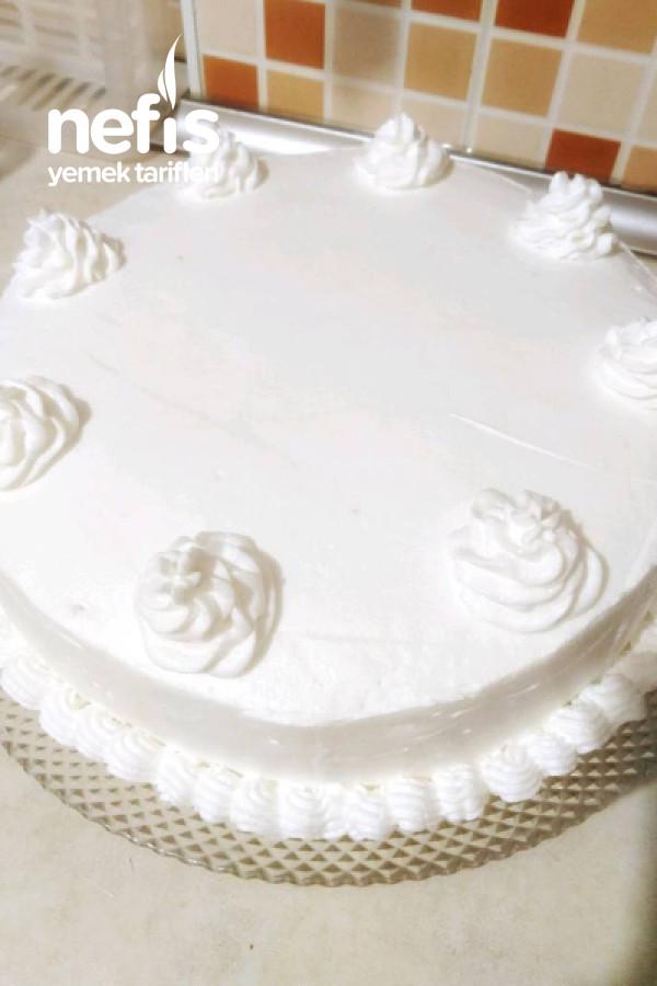 En Kolay Yaş Pasta(Lezzeti Olay, Yapımı Kolay)