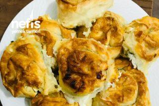 Gül Böreği Muhteşem Tarif Tarifi