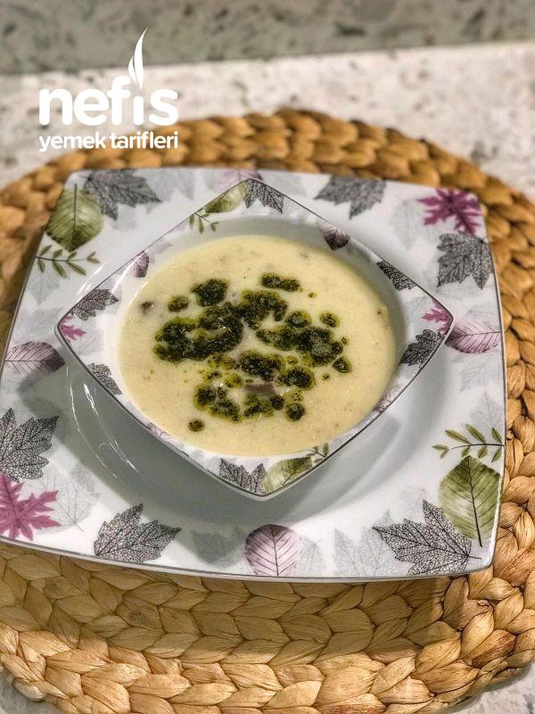 Etli Erişteli Yoğurt Çorbası