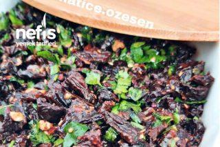 Kuru Domates Salatası (İster Kahvaltılık İster Meze) Tarifi
