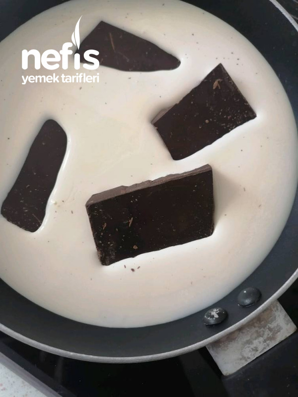 Çikolata Ganajli Kokoslum (Kendi Tarifim)