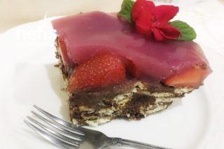Çilekli Mozaik Pasta (Videolu) Tarifi
