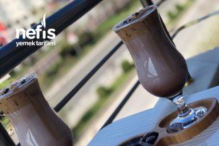 Dalgona Kahvesine Biraz Farklılık Kattım Tarifi