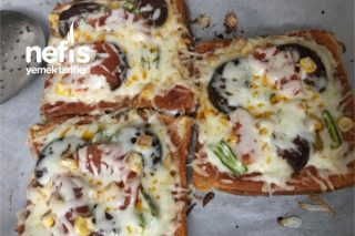 Tost Ekmeğiyle Pizza Tarifi