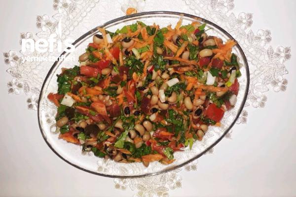 Kornişon Turşulu Börülce Salatası Tarifi