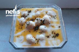Tavuk Köfteli Yoğurt Çorbası Tarifi