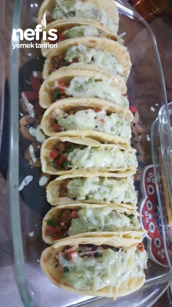 Taco (Geleneksel Meksika Yemeği)