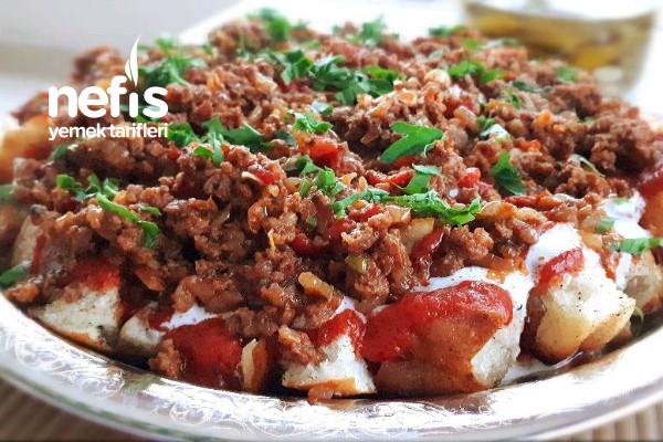 Bayat Ekmek Kebabı (Ramazan Pidesiyle) Tarifi