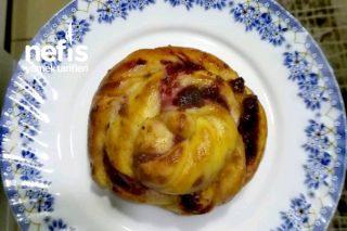 Böğürtlenli Enfes Çelenk Çörek Tarifi