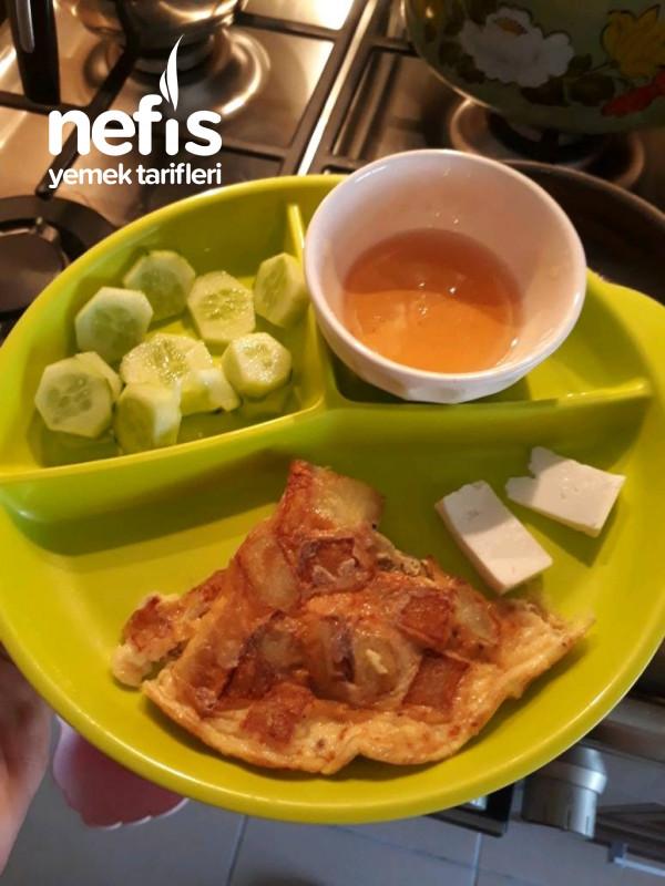 Yumurtalı Patates Kavurması(2-3 Yaş Çocuklara Kahvaltı Tabağı)