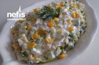Aysberk Salata (Aynı Tür Salatalardan Sıkılanlara) Tarifi