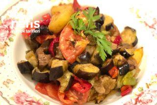 Etli Sebzeli Patlıcan Kebabı Tarifi