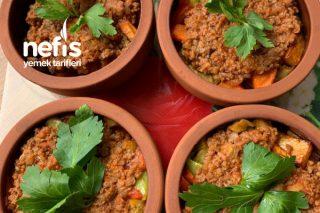 Güveçte Sebzeli Patlıcan Tarifi