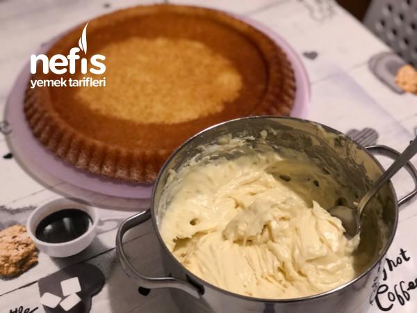 Çilekli Tart Pasta (İftar Sonrası İçin Çok Hafif)