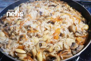 Mantarlı Havuçlu Bademli Pirinç Pilavı Tarifi