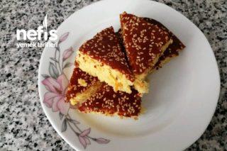 Portakalı, Üzümlü Ve Susamlı Yumuşacık Kek Tarifi