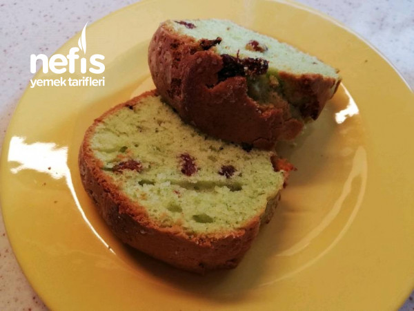 Üzümlü Ispanaklı Kek