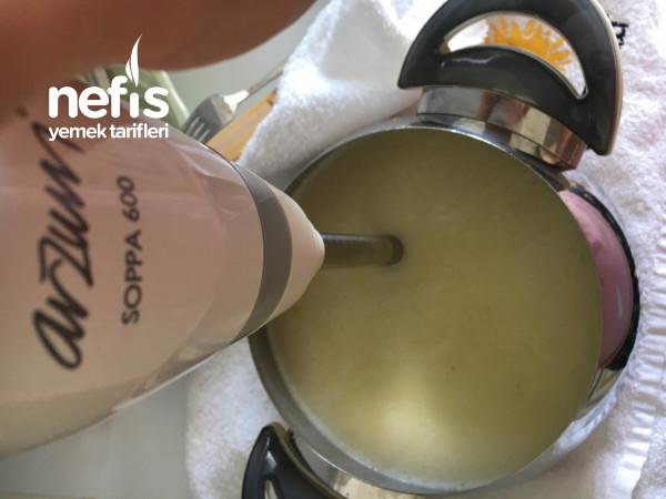 Vichyssoise (Vişisuaz) Çorbası