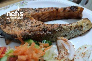 Fırında Enfes Somon Balığı Tarifi