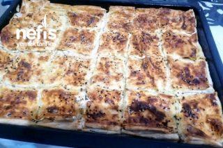 Lezzet Onaylı Peynirli Tepsi Böreği Tarifi