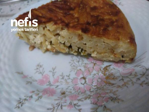 Tavada Erişte Böreği