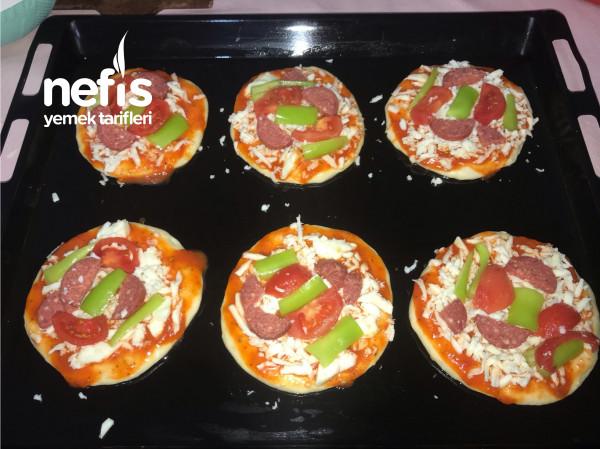 Bir Hamurdan İki Farklı Tarif Pizza Ve Poğaça