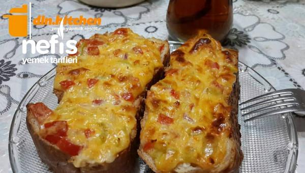 Fırında Sebzeli Ekmek